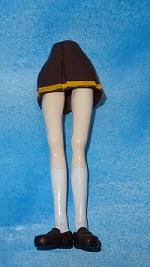 黄前久美子のフィギュアを作ってみる7 塗装 下半身