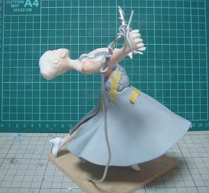 緋山千夏のフィギュアを作ってみる36 塗装 シースルー生地部分